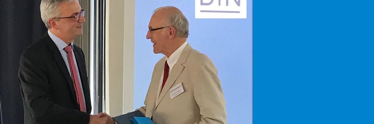 Verleihung der Beuth-Denkmünze an Heinrich Oehlmann