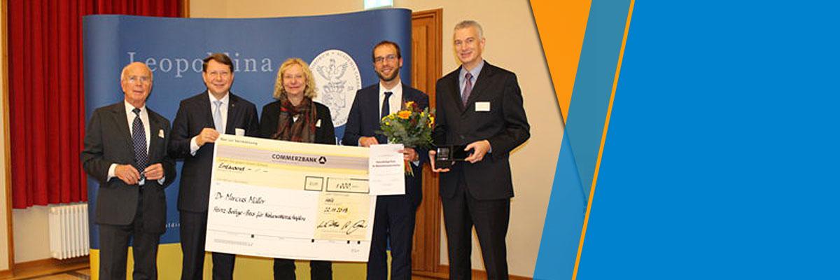 Elektronenmikroskopie-Pionier Heinz Bethge mit Festkolloquium geehrt – Forschungspreise vergeben